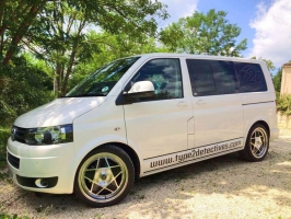 <h5>Roadstar - VW Transporter T5</h5>
